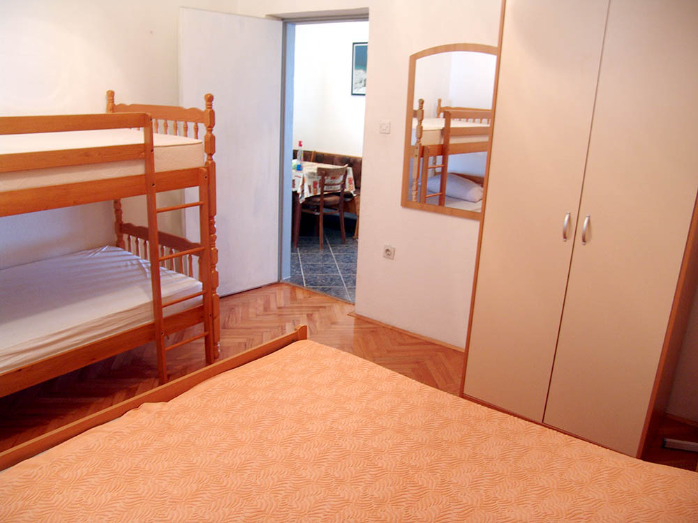 Dragica apartments and pension
